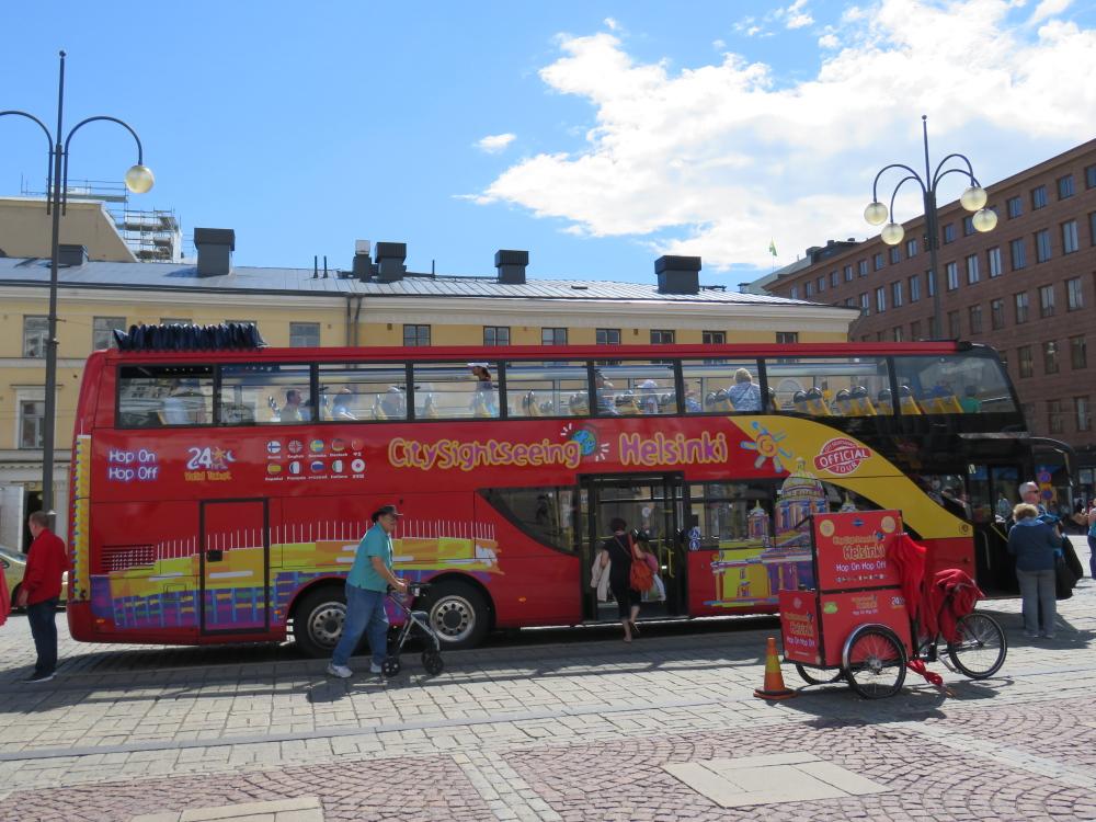 Helsinki ヘルシンキ ヘルシンキ大聖堂 観光バス
