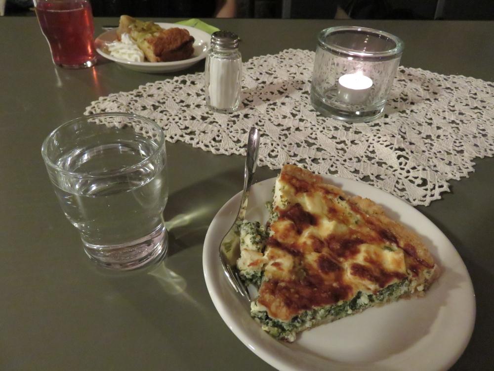 Café Krypta Helsinki フィンランド ヘルシンキ大聖堂 地下 カフェ