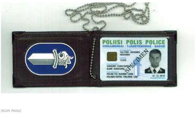 警官 証明証 フィンランド
