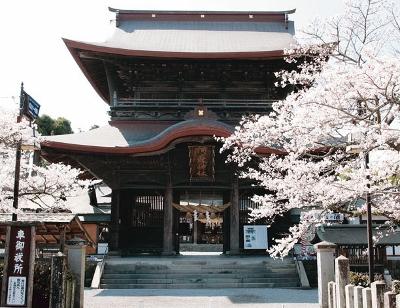 2016.4.16地震阿蘇神社2