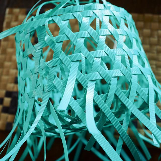花まる編みのプラカゴ