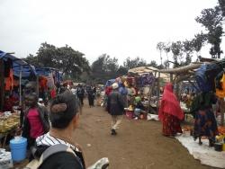 サンヤジュウ市場