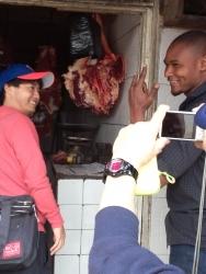 サンヤジュウの肉屋