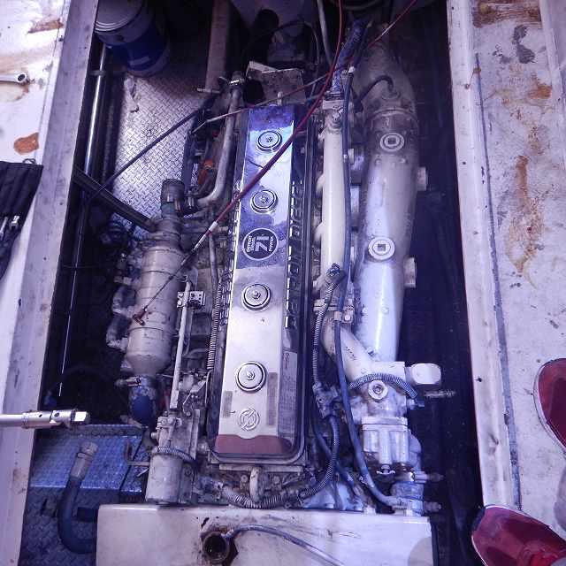GM6-71(2サイクルディーゼルエンジン)