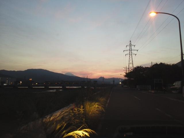 160519酒匂川越しの富士山