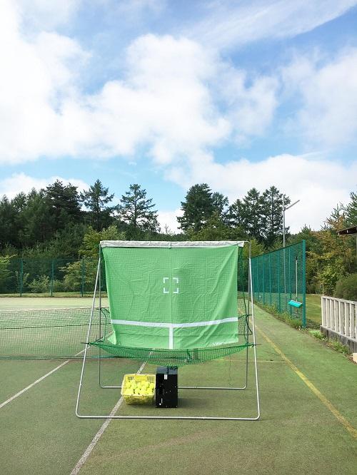 別荘 テニス マシン