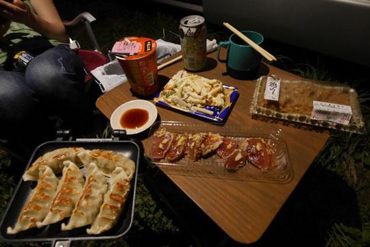 03総菜で夕食