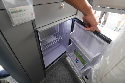 10冷蔵庫も
