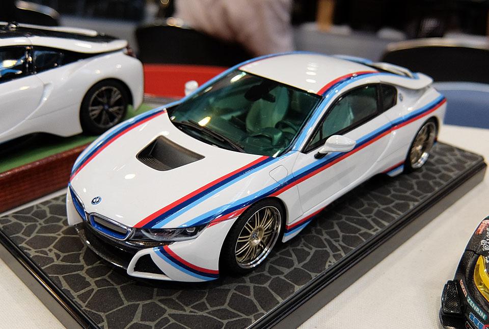 2512 BMW i8 960×645