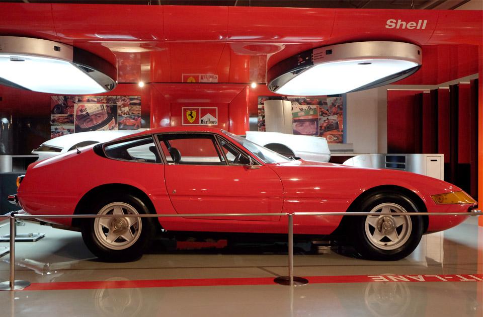 4628 フェラーリ デイトナ 960×645