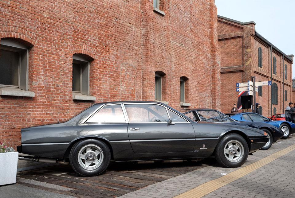 4466 フェラーリ 400i 960×645