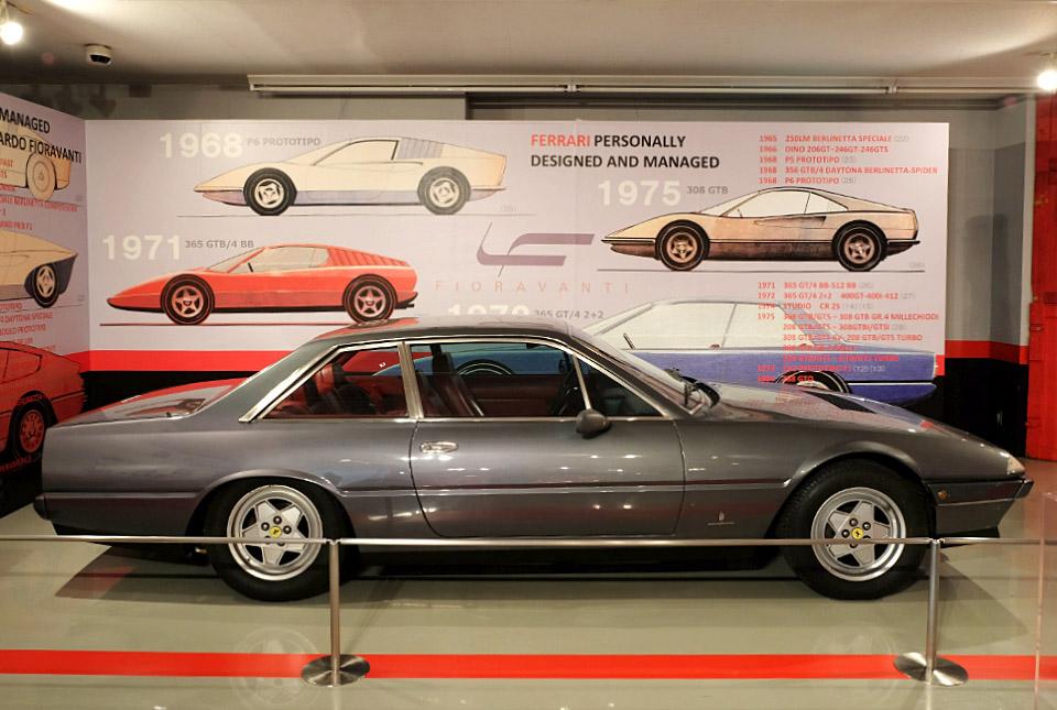 4580 フェラーリ 400i 960×645