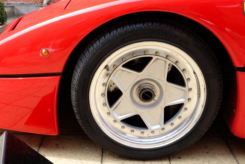 4530 フェラーリ F40 960×645