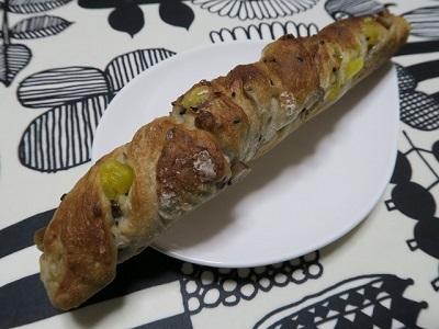 160118b_DONQ1_甘栗と鳴門金時のフランスパン