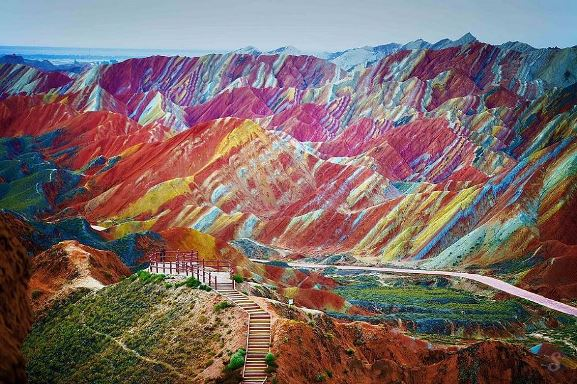 5_china_rainbow_moutains.jpg