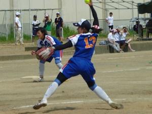 ソフトボール女子