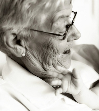 高齢者 おばあさん 高齢女性
