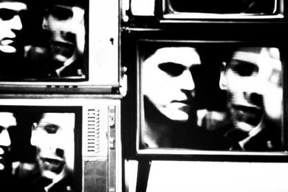 テレビ モノクロ 放送