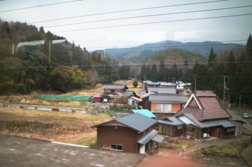 IMG_6010 山間の家