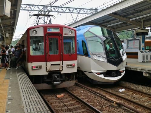 IMG_7781 しまかぜ 鳥羽駅