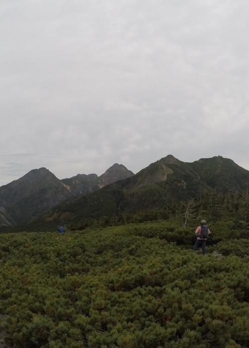 編笠山0917_山頂から南ヤツ