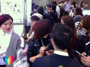 ジェルでつくるスノードームネイルアート 東京ネイルエキスポ2015ステージデモ直後 レジ付近 増田典子