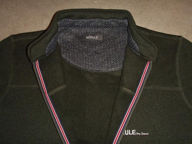 NORULE Stand collar khaki2
