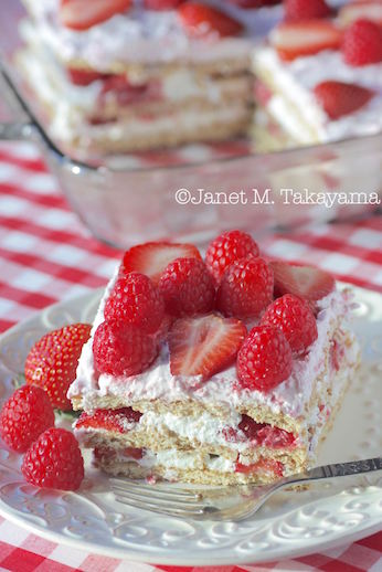 strawberryiceboxcake.jpg