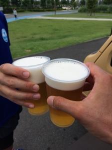 新横ぐるぐる直後のビール