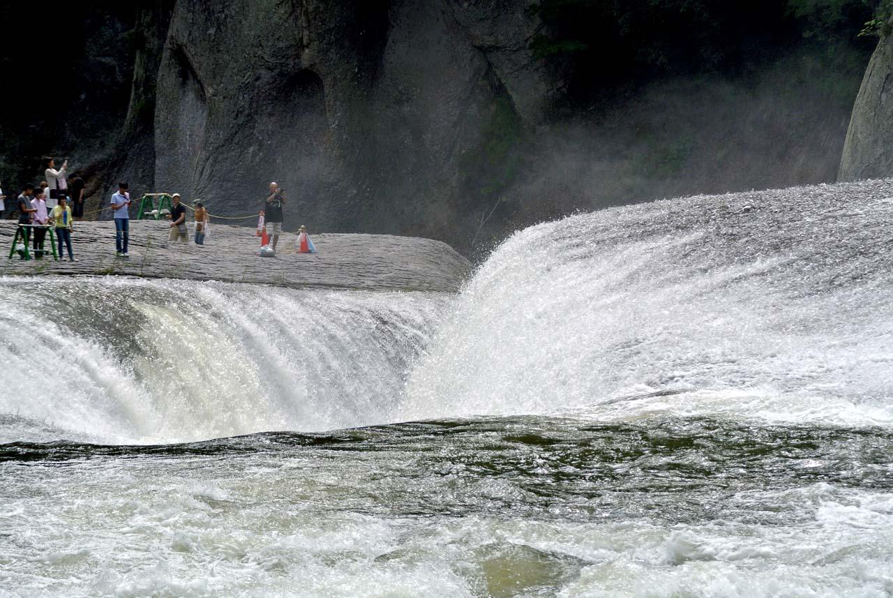 DSC_8392吹割り滝