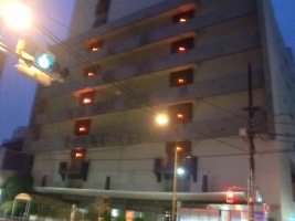 東京都立産業貿易センター台東館です。
