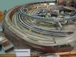 3世代目Nレイアウトにループ線が設置されました。