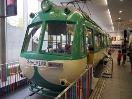 電車とバスの博物館を見学しました。