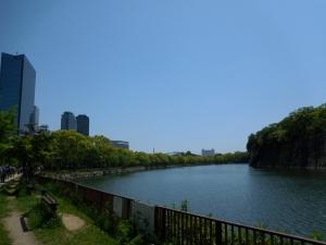 20160505_09大阪城お堀沿い