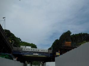 20160529_08京奈和自動車道建設中