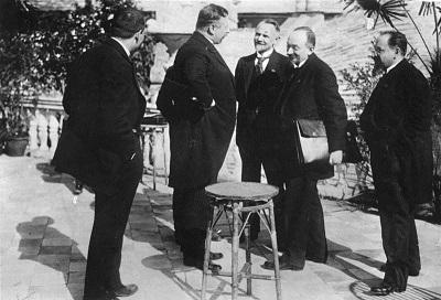 条約締結に立ち会った独ソ首脳