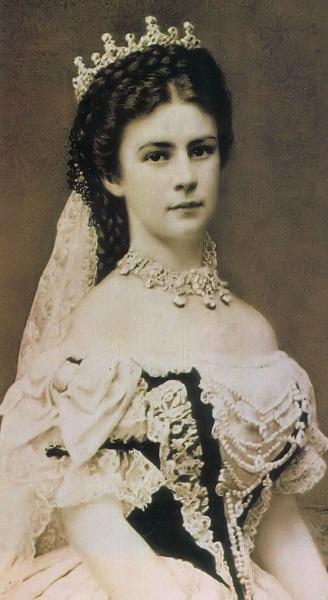 エリーザベト・アマーリエ・オイゲーニエ・フォン・ヴィッテルスバッハ(1867年)