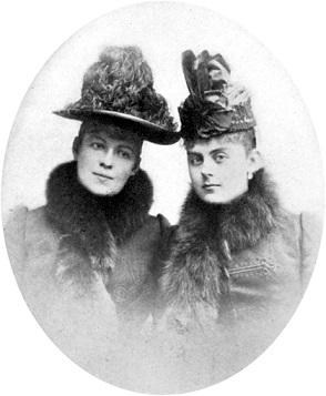 マリー・ルイーゼ(左)