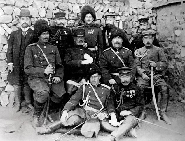 「水師営の会見」乃木将軍は降伏したロシア将兵への帯剣を許した