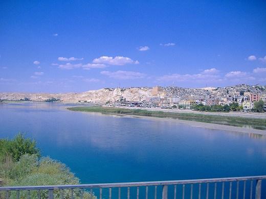 ユーフラテス川 2