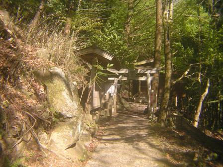 2016_04_17_赤岩尾神社_049