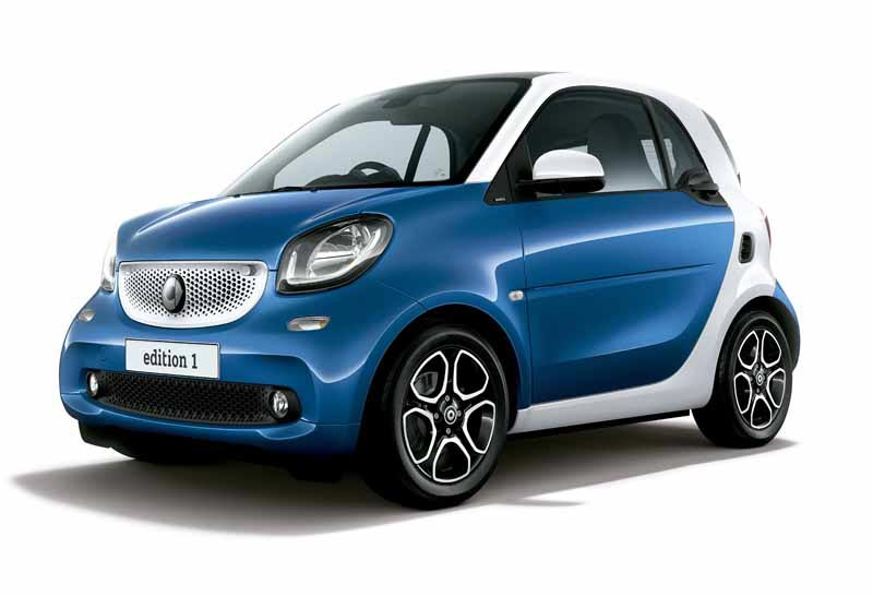 mercedes-benz-japan-announced-a-new-smart-fortwo-forfour20151101-7.jpg