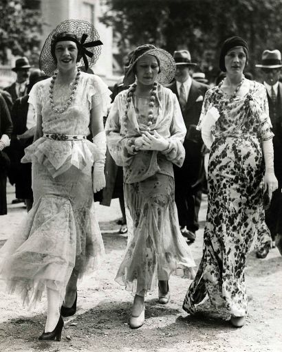 1930s-fashion-women_512.jpg
