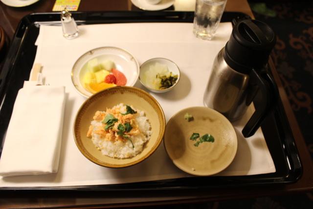 ホテルミラコスタのルームサービスのお茶漬け