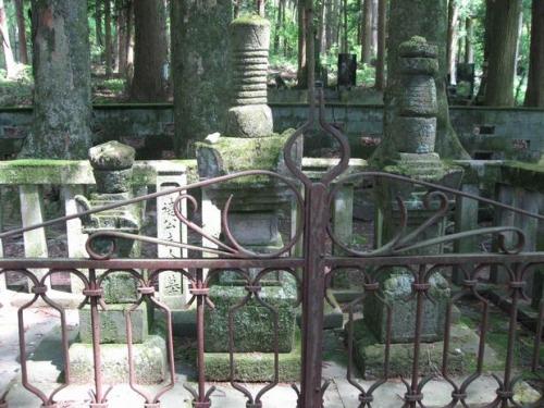 sa.真田昌幸 長谷寺の墓