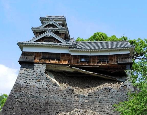 ku.熊本城 20160414 地震10
