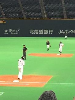 中島・西川出塁