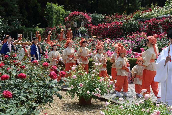 霊山寺 薔薇会式・えと祭り1