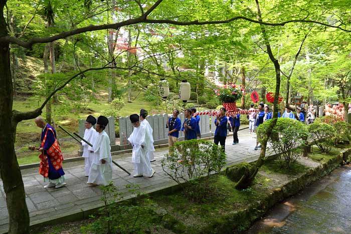 霊山寺 薔薇会式・えと祭り4