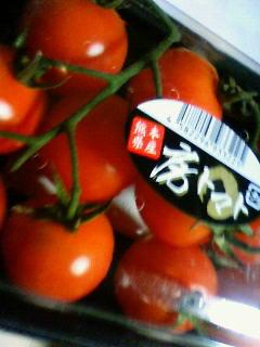 スーパーの熊本産トマト